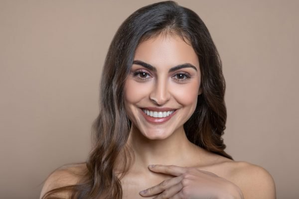 Facial Drooping & Laugh Lines Treatment: Fillers, Structural Fat Grafting & Face Lifts